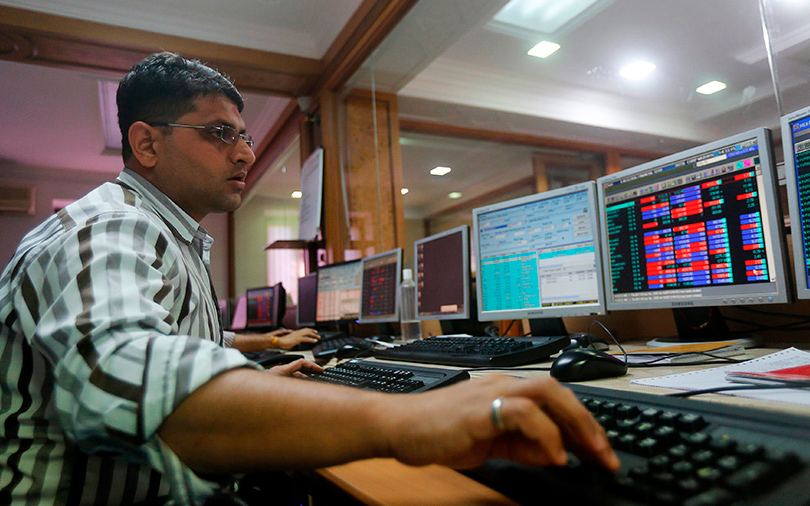 Sensex, Nifty gain for fifth consecutive week