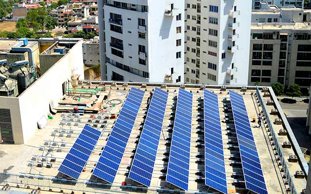 Solar rooftop maker Oakridge Energy courts investors for growth capital