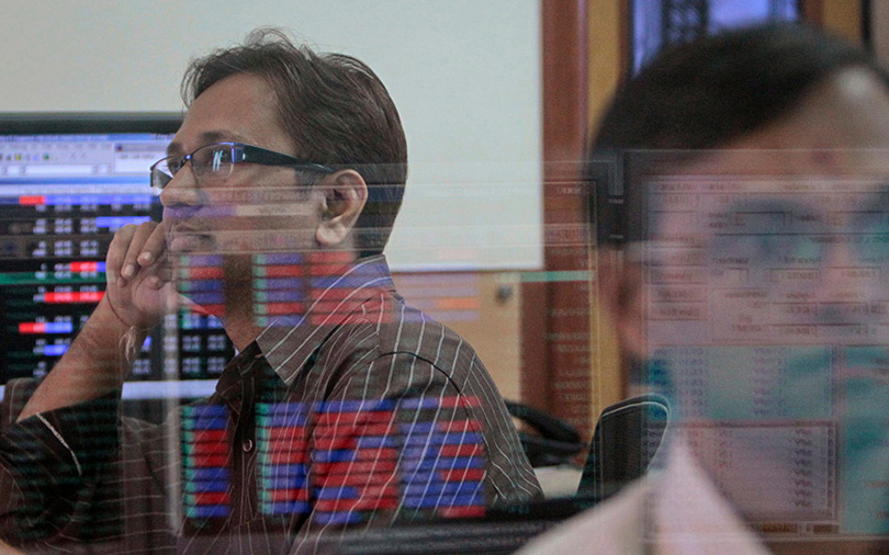 Sensex closes in the red for third straight session