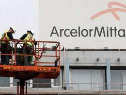 Supreme Court allows ArcelorMittal, NuMetal to bid for Essar Steel