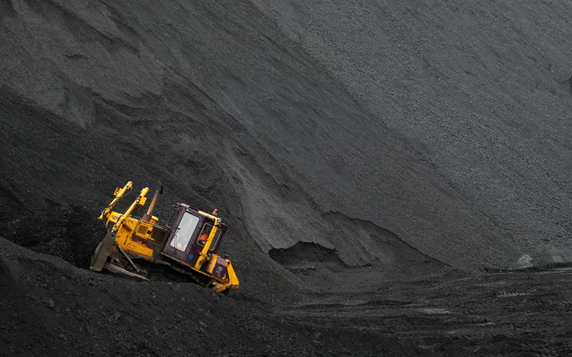 Adani to fully fund troubled Australia coal project