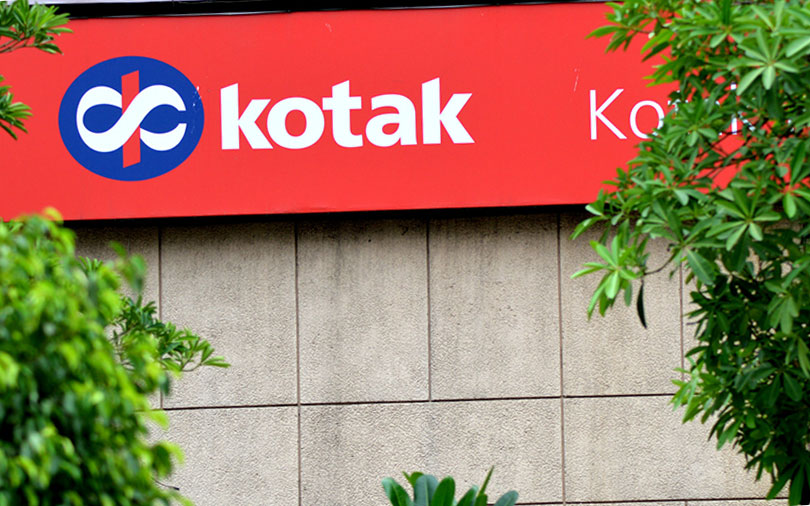 Berkshire may bet big on Kotak Bank; Jet in talks with NRI billionaire for funding