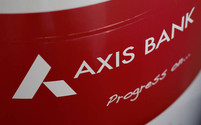 Govt plans Axis Bank stake sale to raise up to $748 mn