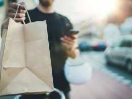 Now, onus on food delivery apps to collect GST